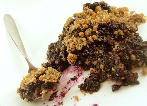Pomegranate Blueberry Crumble