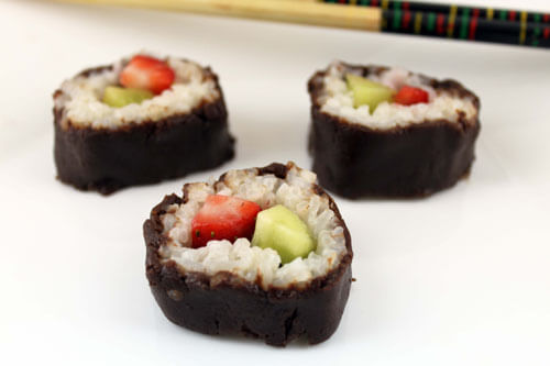 Christmas Dessert Sushi