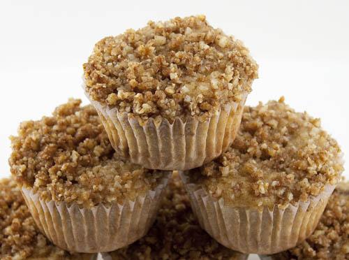 Golden Raisin Almond Crumble Muffins