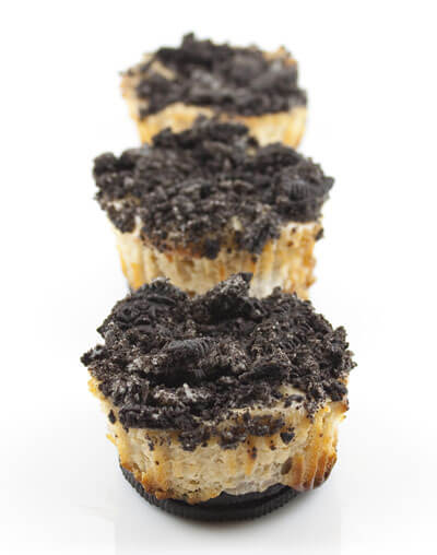 Peanut Butter and Banana Mini Oreo Cheesecakes