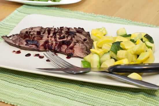 Flank Steak with Red Wine and Tamarind Sauce