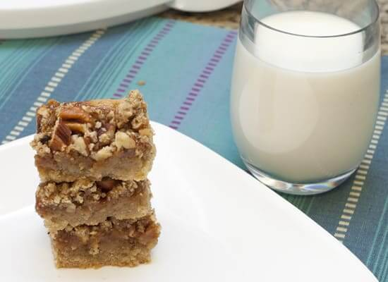 Spiced Caramel Pecan Bars
