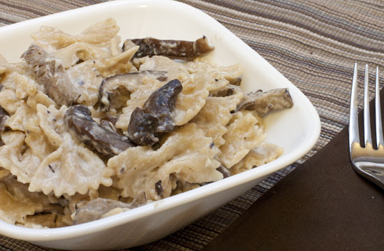 Farfalle with Mushrooms and Goat Cheese Sauce